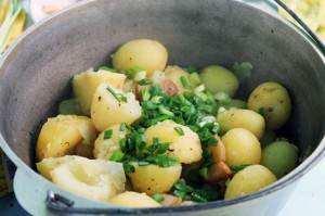 Картошка в казанке