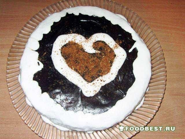 Домашний торт в виде сердца