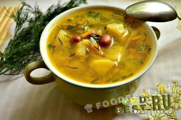 Фасолевый суп с бараниной и капустой