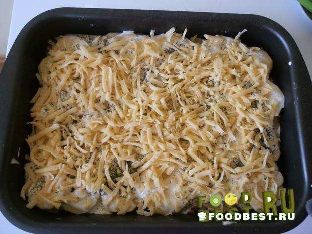 В таком виде ставим Картофельную запеканку в духовку