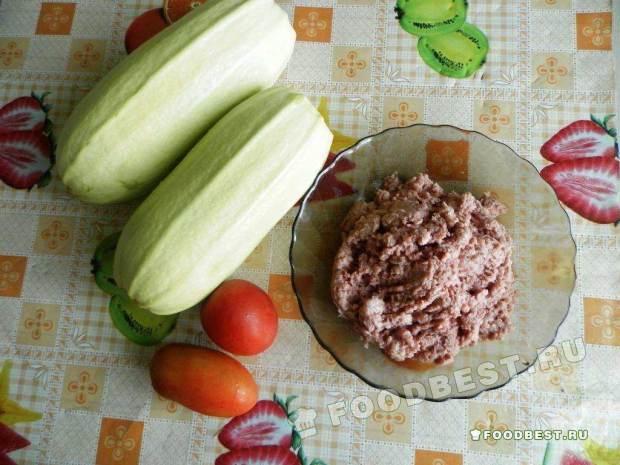 Ингредиенты для запеченных кабачков с фаршем