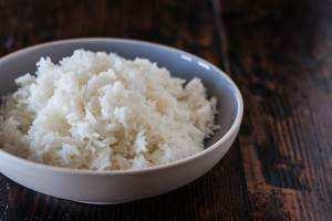 Если пересолила рис