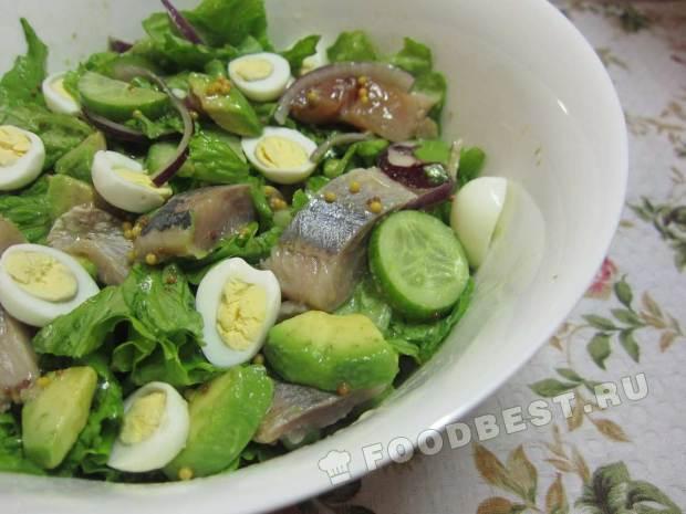 Салат с крабовыми палочками и кукурузой простые рецепты