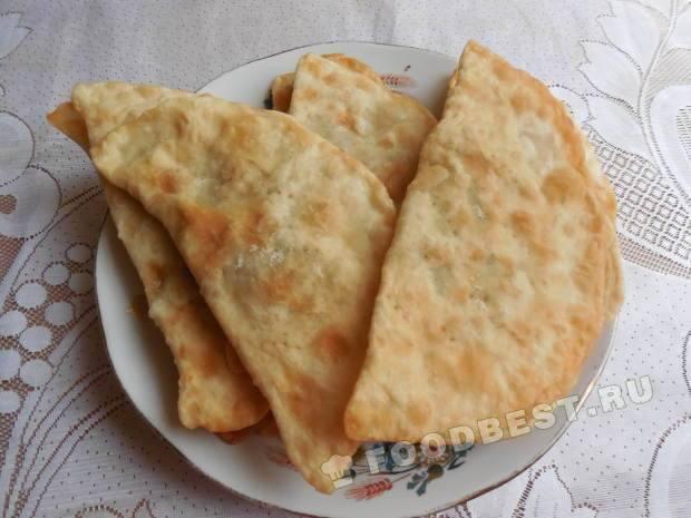 Чебуреки рецепт с фото пошагово на сковороде