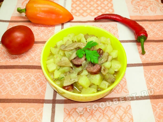 Картошка тушеная с колбасой рецепт пошагово